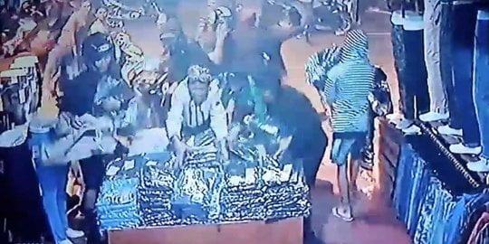 Penjarahan Toko Baju di Depok Polisi Sebut Anggota Geng Motor