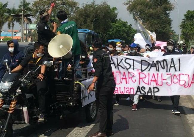 IPR Yogyakarta Aksi Damai, Cabut Izin Perusahaan Karhutla  Suaraburuhnews.com –