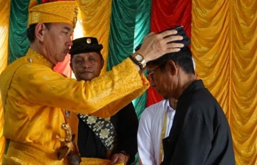 H Raylus Nurdin Dinobatkan sebagai Datuk Besar Khalifah Rantau Kampar Kiri
