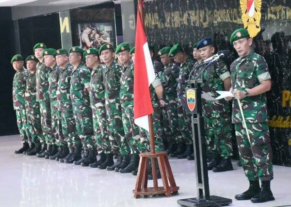 Pangdam I/BB Memimpin Upacara Penerimaan Sekaligus Pelepasan Satgas Pengamanan Operasi Pulau Terluar TA 2019
