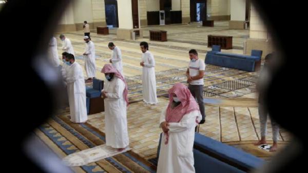 Virus Corona di Arab Saudi Naik lagi Menjadi 182.493 Kasus
