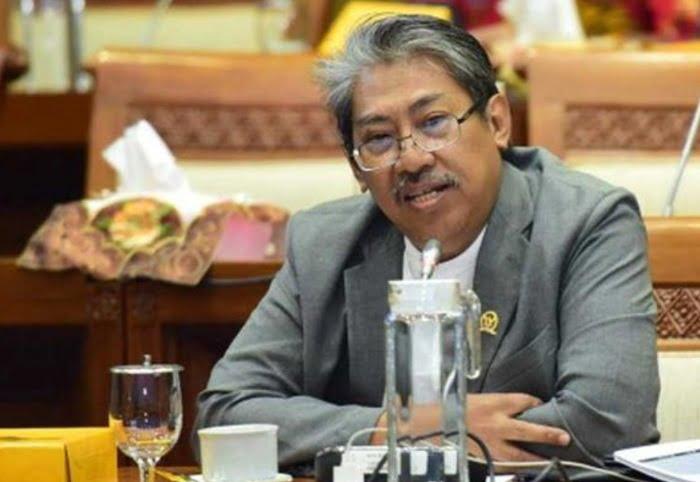 UU Ciptaker Disahkan, Mulyanto: Siap-Siap Indonesia Banjir Impor Produk Pertanian